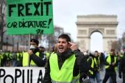 الكونفدنسيال: ماكرون عاجز عن إنهاء احتجاجات السترات الصفراء