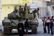 واشنطن بوست: الحوثيون أحكموا سيطرتهم على صنعاء بالتخويف.. وجواسيسهم في كل مكان