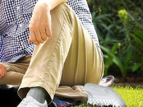 حذاء رئيس الوزراء الأسترالي يثير سخرية على مواقع التواصل الاجتماعي