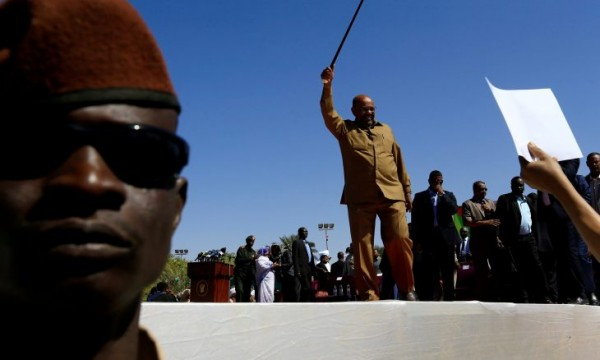 فورين بوليسي: انتفاضة السودان عامة والخيارات أمام البشير محدودة