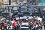 كأنّ 'المدنيّين' مشوا في تظاهرتين لا واحدة!