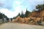 طريق أنفه باتجاه طرابلس مقطوعة بانهيار صخري