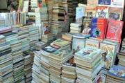 'سور الأزبكية' يتحدى معرض القاهرة للكتاب