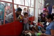 نيويورك تايمز وواشنطن بوست: هل تنقذ الهجرة أميركا من تراجع نسب المواليد؟