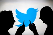 تويتر.. خلل مفاجئ يحول 'الخاص' إلى 'عام'