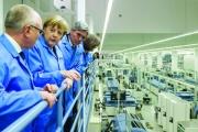 غيوم السياسة تتجمع فوق آلة التصدير الألمانية