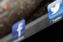 فيسبوك وتويتر مُعاقبان: امتنعا عن تخزين بيانات الروس