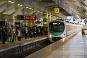 القطارات اليابانية تغري الركاب المبكرين بوجبة طعام