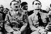 هل مات رودلف هيس نائب هتلر؟