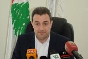 بعد نشر تغريدات تناولت نصرالله من حساب يحمل إسم وائل أبو فاعور... الوزير يرد وينفي