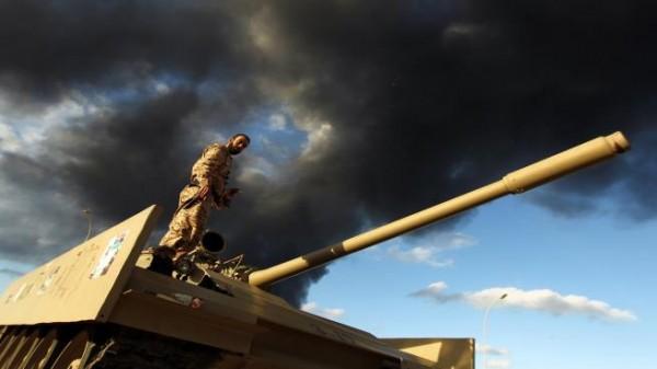 تضارب الأنباء بشأن سيطرة حفتر على حقل الشرارة النفطي