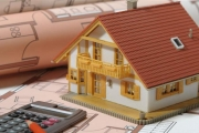 قروض الإسكان مُجمّدة في المصارف