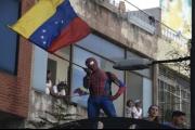 أحداث فنزويلا تجدد سياسة الحرب الباردة