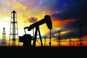 النفط بأعلى مستوى في 3 شهور مدعوما بتوقعات تراجع المعروض