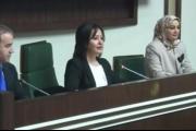 أول امرأة على رأس برلمان كردستان العراق.. مؤقتاً