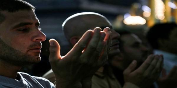 """""""العتبة العباسيّة في بيروت""""… تأصيل المذهبة وتمكين الحاكميّة للفقيه!"""