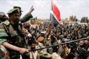 ميدل إيست آي: احتجاجات السودان.. الجيش الضامن الوحيد للانتقال السلمي