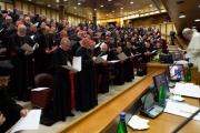 لوموند: فضيحة جديدة بالكنيسة.. اغتصاب الكهنة للراهبات