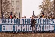 بوليتكو: استراتيجية دعائية جديدة لدعاة تفوق العرق الأبيض