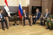 تسريب صورة 'مذلة' جديدة لبشار الأسد مع بوتين