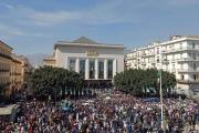 فايننشال تايمز: أصداء الأيام الأخيرة لمبارك تتردد في الجزائر