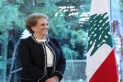 مدام عون تخاطب اللبنانيات.. من 'تويتر' زوجها!