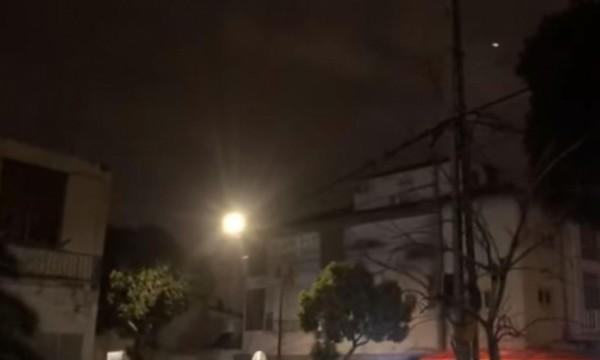 بالفيديو ... إطلاق قذيفتين من قطاع غزة باتجاه تل أبيب