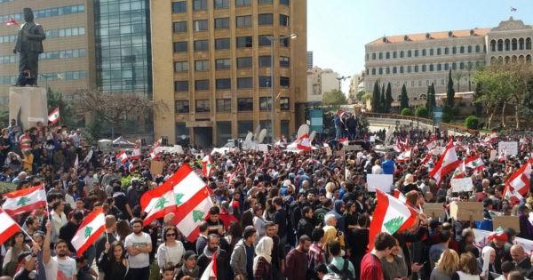 14 آذار: ذكرى ثورة الأرز التي حررت لبنان وفككتها الطائفية