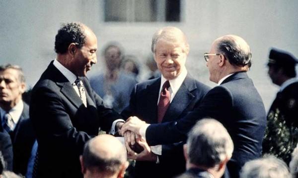 تحديات السلام والحرب وتواصل انهيار الجبهة العربية المشتركة