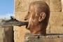 بذكراها الثامنة.. تمثال 'الأسد الأب' في درعا يعيد الثورة للواجهة