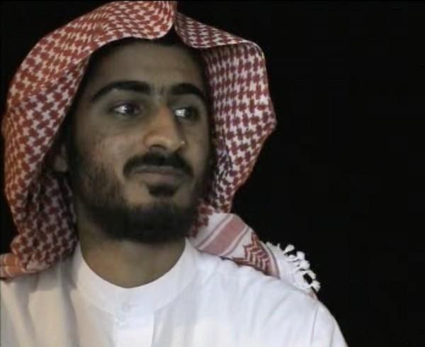 «كُتب على حمزة أن يسير على خطى والده».. هل تُعِد القاعدة نجل بن لادن لقيادة الجيل الجديد؟