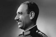 عبد السلام عارف ضابط عراقي مغامر ببدلة رئيس