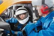 دراسة: النساء مبرمجات جينيا على إتقان قيادة السيارات بشكل أفضل