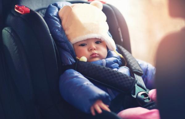 سلامة طفلك قبل كل شيء.. إليك أفضل مقعد سيارة في كل مرحلة من حياته