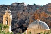 النظام السوري يحتجز راهبات دير معلولا ويمنعهن من الصلاة