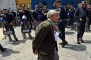 حركة كبيرة لسحب الأموال من البنوك بسبب ضبابية الانتقال السياسي في الجزائر