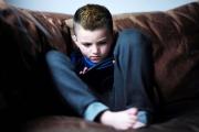 صدمات الطفولة سبب الاكتئاب المتكرر في الكبر