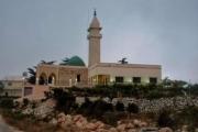 حزب الله يعمل على افراغ المساجد غير الحزبية من المصلين