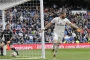 هاتريك بنزيمة يعيد ريال إلى سكة الفوز