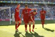 ليفربول يعود للصدارة ... وإيفرتون يسحق يونايتد
