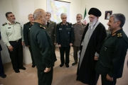 خامنئي ينشئ جيلاً جديداً «أكثر طاعة».. ما وراء الإطاحة بالجنرال جعفري قائد الحرس الثوري الإيراني