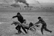 أيقونات العودة... لقطات كاميرا صنعت رموزاً لنضال أبناء غزة