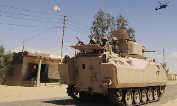 الجيش المصري يعلن مقتل 5 عسكريين و47 مسلحاً بسيناء