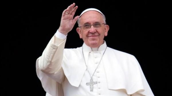 البابا فرنسيس في وداع صفير: رجلٌ شجاع...