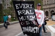 Salon: الإسلاموفوبيا شأن سياسي لا ديني
