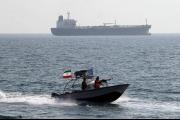 صحيفة لاتريبون: حرمان إيران من تصدير النفط سبب التوتر
