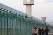 واشنطن بوست: يجب على الكونغرس التحرك ووقف التطهير العرقي لمسلمي الإيغور
