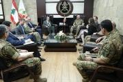قائد الجيش بحث الأوضاع في لبنان والمنطقة مع النائب الأميركي ايليوت انغل