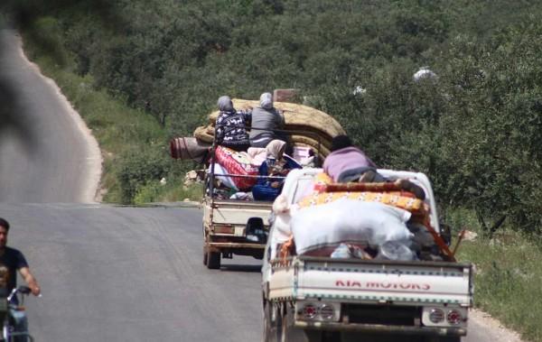 روسيا تحاول خلط الأوراق بافتتاح معابر في إدلب