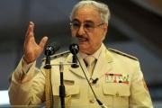 خط بين إسرائيل ودول عربية.. الكشف عن تحركات طائرات أجنبية داعمة لحفتر